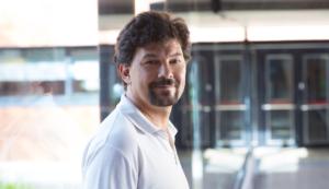 Carlos Peña nuevo director del LSC